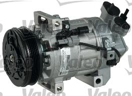 Kompresor klimatizace VALEO 813381
